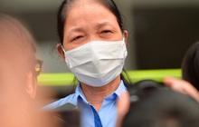 """Nữ nhân viên Công ty Trường Sinh khỏi bệnh sau 10 ngày điều trị: """"Các con yên tâm không phải lo cho mẹ. Mẹ có công ty và Nhà nước lo"""""""