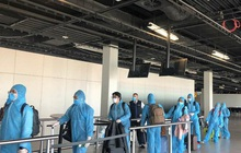 Sân bay Tân Sơn Nhất đón hơn 300 công dân Việt Nam từ châu Âu, châu Phi