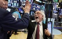 Kỳ vọng lớn về gói kích thích mới, Dow Jones có lúc bứt phá hơn 500 điểm