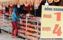 Bánh Trung thu lề đường ở Sài Gòn: Mua 1 tặng 3 nhưng giá bằng 4 cái