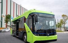 VinFast công bố xe buýt điện đầu tiên: Sạc đầy 2 tiếng, đi được 220-260 km, wifi, giá vé 3.000-10.000 đồng/lượt