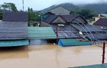 Mưa lớn, thủy điện đồng loạt xả lũ, hàng ngàn nhà dân ở Nghệ An bị ngập sâu