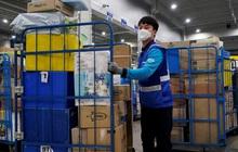 Thảm cảnh những nhân viên giao hàng Hàn Quốc: Bán mạng vì miếng ăn thời đại dịch