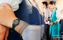 Những bí mật sau chiếc đồng hồ bất ly thân tiếp viên hàng không trên máy bay, hoá ra công dụng chẳng dừng lại ở việc xem giờ