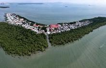 Nằm giữa biển Cần Giờ có một hòn đảo đẹp ngỡ ngàng, hoang sơ, rất ít người biết ở TP.HCM