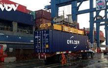"""Logistics Việt Nam: Đắt nhưng không """"xắt ra miếng"""""""