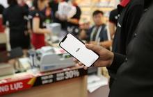 """iPhone 12 Series chính hãng """"cháy hàng"""" tại Việt Nam"""