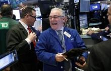 Hứng khởi trước thông tin mới về gói kích thích, Dow Jones có lúc bứt phá hơn 400 điểm, S&P 500 lập đỉnh mới