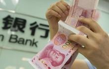 Các ngân hàng nhỏ cạn tiền mặt, các vụ vỡ nợ trái phiếu đang khiến hệ thống tài chính Trung Quốc rung lắc?
