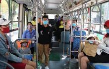 Tìm hành khách trên hai tuyến xe buýt Long An - TP.HCM