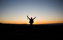 Thế gian này đang âm thầm thưởng cho những người dậy sớm: Ngủ sớm, dậy sớm khiến con người ta thông minh, giàu có, cơ thể khoẻ mạnh!