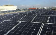 """Điện mặt trời mái nhà: Gỡ chưa hết rối, EVN tiếp tục """"cầu cứu"""" Bộ Công thương"""