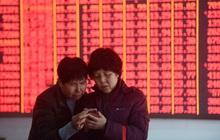 Trung Quốc: Người dân ồ ạt vay tiền đầu tư cổ phiếu, nợ hộ gia đình chạm mức cao kỷ lục