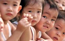 Nghiên cứu 19 năm chỉ ra tác hại nghiêm trọng của việc bố mẹ kiểm soát con quá mức, đọc xong mà giật mình!