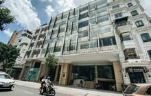 """Chùm ảnh: Khách sạn ở trung tâm Sài Gòn ngừng hoạt động, rao bán vì """"ngấm đòn"""" Covid-19"""