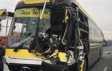 Bình Dương: Xe khách nát đầu khi tông vào đuôi xe tải, tài xế tử vong, nhiều hành khách kêu cứu