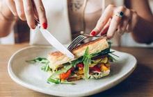 Những thói quen trong ăn uống hầu hết mọi người đều có nhưng lại thực sự khiến bạn dễ bị ảnh hưởng sức khỏe