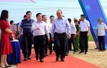 Thủ tướng Nguyễn Xuân Phúc dự lễ khởi công đường cao tốc Bắc - Nam