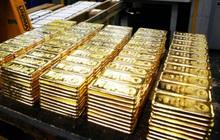 Vàng bị bán tháo trong phiên cuối tuần