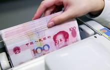 """""""Tiền Tây"""" ồ ạt đổ vào thị trường Trung Quốc khi thế giới đang vật lộn với đại dịch Covid-19"""