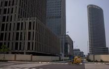 Các thành phố 'ma' ở Trung Quốc đáng sợ thế nào: Số nhà 'được mua nhưng không được ở' có thể chứa toàn bộ người dân nước Pháp