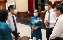 NÓNG: UBND TP HCM đề nghị lùi thời gian thu phí hạ tầng cảng biển