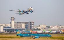 Giá xăng tăng mạnh đe doạ đà phục hồi của các hãng hàng không hậu COVID