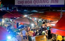 Chợ hoa lớn nhất Hà Nội ngày 20/10: Người dân ùn ùn đi mua hoa khiến cả đoạn đường ùn tắc dài trong đêm