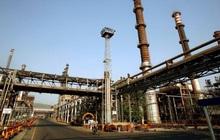 """Lợi nhuận """"hồi sinh"""" về mức trước Covid, các nhà máy lọc dầu trên toàn cầu hối hả tăng sản lượng"""