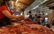 Khủng hoảng thừa thịt lợn: Cần quy định giá bán lợn hơi