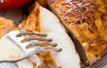Người đàn ông 30 tuổi có thói quen ăn 160 túi thịt gà/tháng, đến khi cầm kết quả khám sức khỏe mới hốt hoảng vì 1 cơ quan đang tổn thương nghiêm trọng