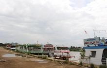 Tàu du lịch sông Hàn mỏi mòn neo bến chờ khách