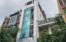 67 cảnh sát giải cứu 16 người mắc kẹt trong căn nhà cao tầng cháy dữ dội ở TP.HCM