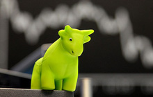 Thị trường hồi phục, khối ngoại vẫn bán ròng 450 tỷ đồng trong phiên 26/2