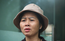 """Mẹ """"siêu nhân đời thực"""" cứu bé gái rơi từ tầng 12 chung cư ở Hà Nội bật khóc xem lại khoảnh khắc con trai làm nên """"điều kỳ diệu"""""""