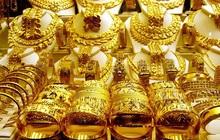 Giá vàng tiếp tục lao dốc, rời xa mốc 1.700 USD/ounce
