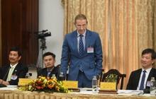 Ông Dominic Scriven kiến nghị phát triển mạnh cơ sở hạ tầng TP.HCM và đẩy mạnh phổ biến kiến thức về tài chính cho người dân Việt Nam