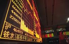 TTCK Trung Quốc 'rực lửa', chỉ số chính rơi vào vùng điều chỉnh, một loạt cổ phiếu giảm kịch biên độ