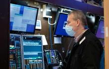 Phố Wall trái chiều khi vẫn còn tình trạng bán tháo, Dow Jones có lúc tăng 650 điểm, Nasdaq rơi vào vùng điều chỉnh