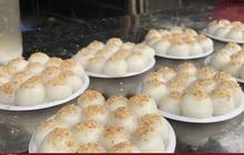 Bán cả tạ bột bánh trôi, bánh chay trong ngày Tết Hàn thực