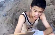 """Không học thì đi làm... thợ xây, cách giáo dục """"ngược đời"""" của ông bố Trung Quốc gây bão MXH"""