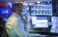 Hồi phục sau 2 phiên giảm liên tiếp, Dow Jones tăng hơn 300 điểm