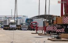 TP.HCM: Toàn cảnh lắp ráp đoàn tàu Metro số 1 nặng 37 tấn vào đường ray, sẵn sàng chạy thử