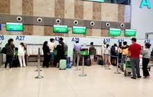 Nhiều hãng hàng không đồng loạt tăng phí quản trị hệ thống