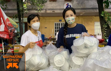 """""""Hoa hậu chứng khoán"""" Mai Phương Thúy đăng ký tình nguyện viên chống dịch, dậy từ 4 giờ sáng chuẩn bị phần ăn sáng cho các bác sĩ tuyến đầu"""