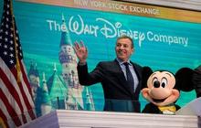 """Ông chủ Disney và câu chuyện từ chàng gác cổng vô danh đến chiếc ghế """"chủ tịch"""" quyền lực: Từng làm đủ nghề từ xúc tuyết đến cạo kẹo cao su khi mới 13 tuổi"""