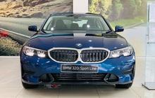 BMW 3-Series giảm giá 130 triệu đồng tại đại lý, rút ngắn khoảng cách giá đấu Mercedes-Benz C-Class