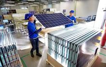 Vì sao nhà đầu tư ngoại hứng thú với việc sản xuất pin mặt trời tại Việt Nam?