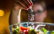 3 thực phẩm trắng là thủ phạm gây ung thư hầu hết mọi người đều có trong nhà: Chuyên gia khuyến cáo nên hạn chế càng sớm càng tốt