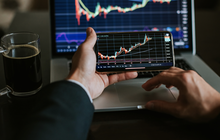 Nhóm nhà đầu tư gây bão Phố Wall: Đổ hàng tỷ USD để bắt đáy, nhanh chóng đưa thị trường chạm đỉnh lịch sử